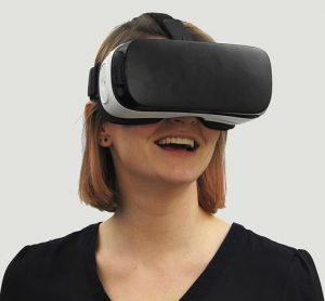 Can virtual reality be used in hypnosis?
